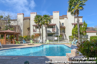 San Antonio Condo/Townhouse Back on Market: 5322 Medical Dr #E 205