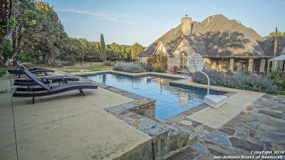 New Braunfels Single Family Home For Sale: 1734 Hunters Run