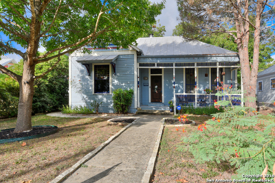 San Antonio Single Family Home For Sale: 627 E Guenther St