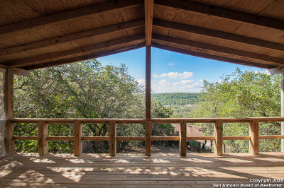 Canyon Lake Single Family Home For Sale: 976 Skyline Dr