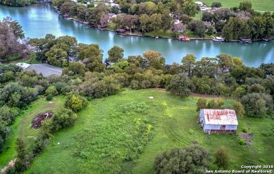 New Braunfels Residential Lots & Land For Sale: 515 E Zipp Rd