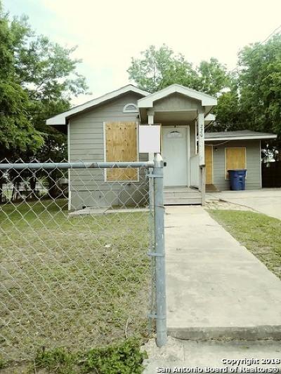 San Antonio Single Family Home For Sale: 220 Azucena St