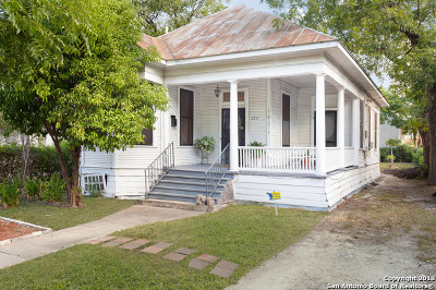 San Antonio Single Family Home For Sale: 123 Callaghan Ave