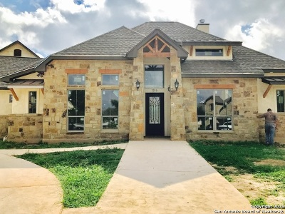 New Braunfels Single Family Home For Sale: 1209 Magnum