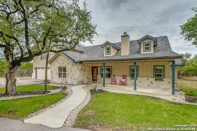 Boerne Single Family Home For Sale: 207 Walnut Grove Rd