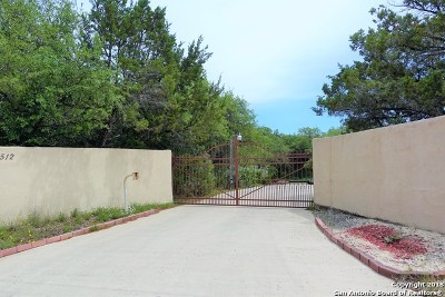 Helotes Single Family Home Active Option: 19512 Chimney Creek Rd