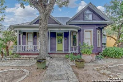 San Antonio Single Family Home For Sale: 735 E Guenther St