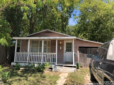 Guadalupe County Single Family Home New: 207 Zuehl