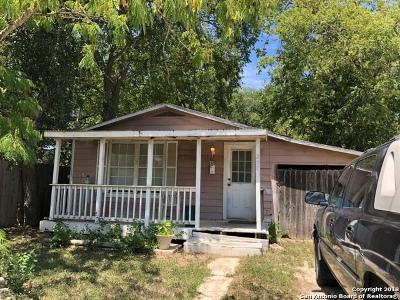 Schertz Single Family Home For Sale: 207 Zuehl