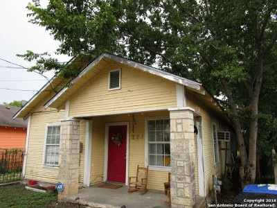 Single Family Home For Sale: 224 Forrest