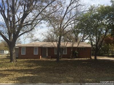 Single Family Home New: 1318 Semlinger Rd