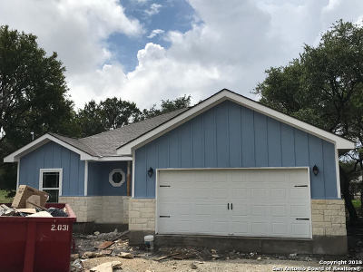 Comal County Single Family Home New: 137 Sycamore Circle