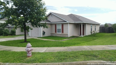 Guadalupe County Single Family Home New: 113 Cypress Willow