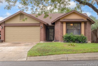 San Antonio Single Family Home New: 7426 Myrtle Trail