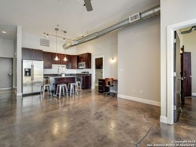 San Antonio Condo/Townhouse New: 831 S Flores St #3106