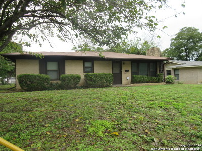 San Antonio Single Family Home New: 3402 W Woodlawn Ave
