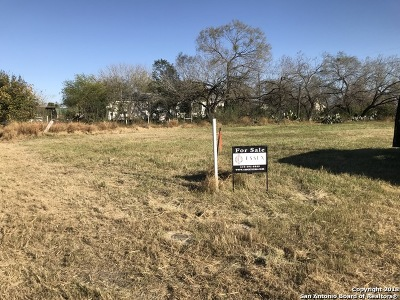 Jourdanton Residential Lots & Land For Sale: Lot 2 Walnut
