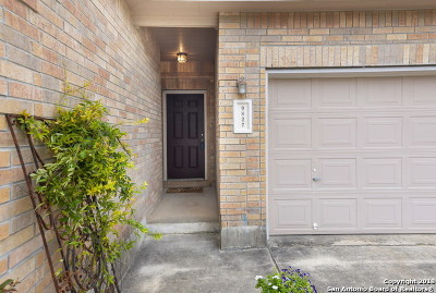 Helotes Single Family Home For Sale: 9827 Cochem Path