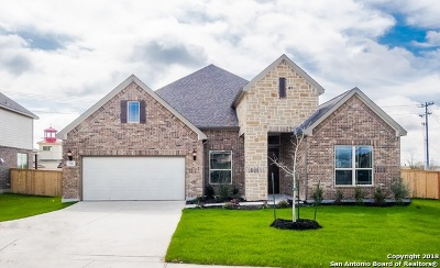 Schertz Single Family Home For Sale: 704 Mesa Verde