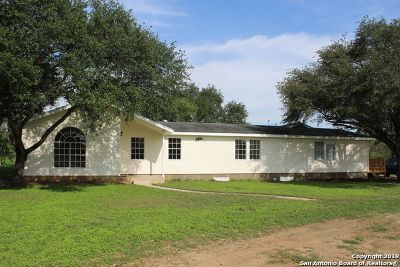 Wilson County Single Family Home For Sale: 7835 Fm 539