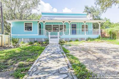 Canyon Lake Single Family Home For Sale: 153 Glenn Dr