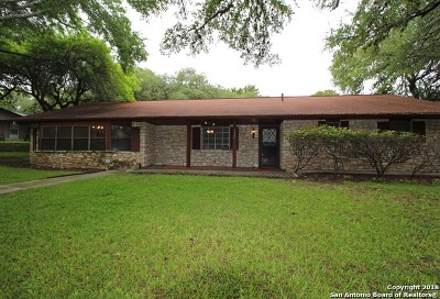 Schertz Single Family Home For Sale: 1101 Fawn Dr