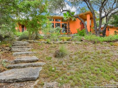 Canyon Lake Single Family Home For Sale: 1564 Crossbow Dr