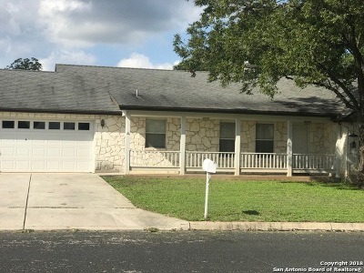 Kendall County Single Family Home For Sale: 310 E Bandera Rd