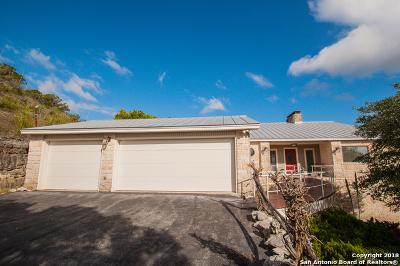 Canyon Lake Single Family Home For Sale: 812 High Oaks Rd