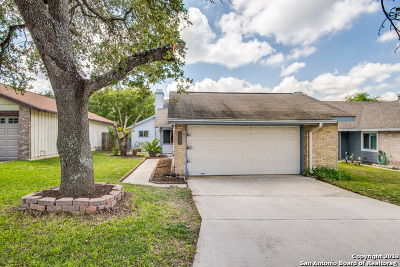 Single Family Home For Sale: 16607 Crested Butte St