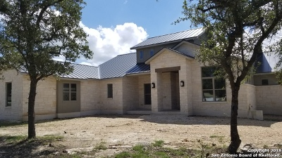 Boerne Single Family Home For Sale: 7 Sendero Wds