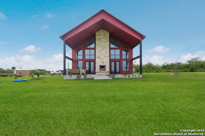 Guadalupe County Single Family Home For Sale: 4904 Old Lehmann Rd