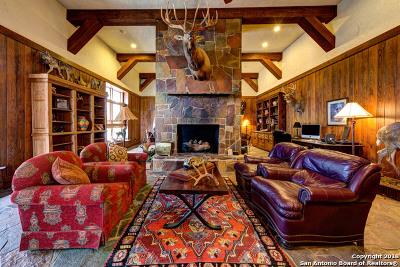 Uvalde Farm & Ranch For Sale: 1026 County Road 365