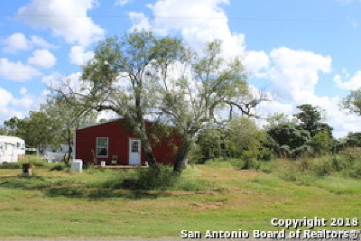 Stockdale TX Manufactured Home New: $130,000