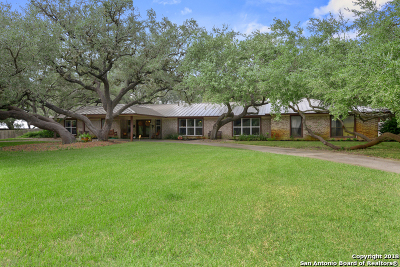 Atascosa County Single Family Home For Sale: 233 Brian Dr