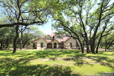 Floresville TX Single Family Home For Sale: $549,500