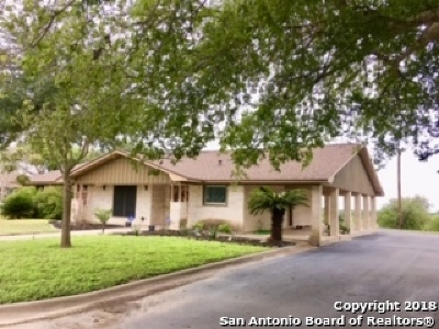 Karnes County Single Family Home Back on Market: 517 Cottonwood Street