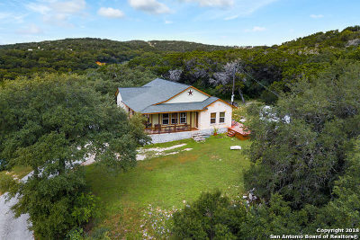 Bandera County Single Family Home For Sale: 230 Mohawk Trail