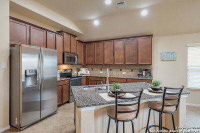 Cibolo Single Family Home New: 121 Enchanted Vw