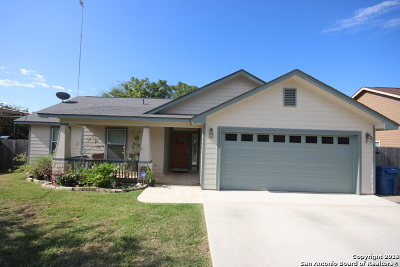 Floresville TX Single Family Home Price Change: $214,274