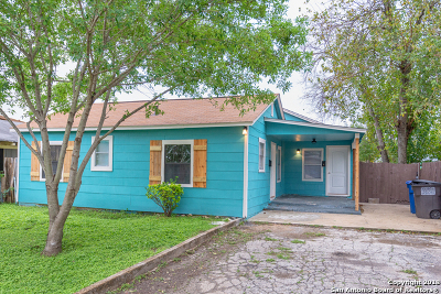 Single Family Home For Sale: 516 Bexar Dr
