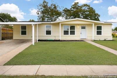 Single Family Home Active Option: 359 Kopplow Pl
