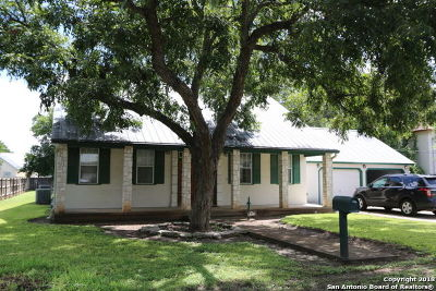 Castroville Single Family Home For Sale: 408 Madrid