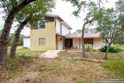 Bandera County Single Family Home For Sale: 286 View Ridge Rd