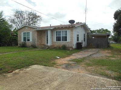 Frio County Single Family Home For Sale: 504 E Florida