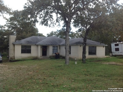 La Vernia Single Family Home For Sale: 12 Post Oak Rd