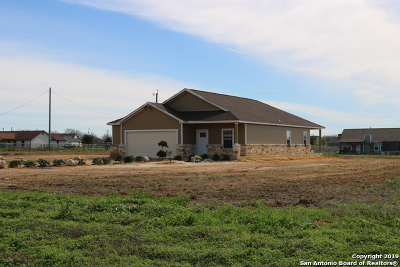 Atascosa County Single Family Home Back on Market: 3780 Fm 3175