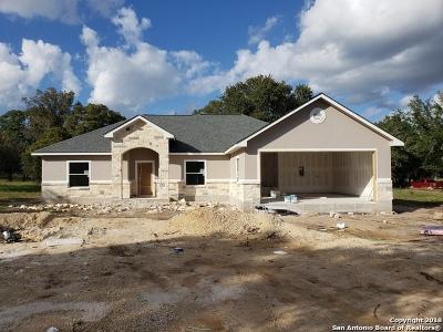 Medina County Single Family Home For Sale: Lot 152 E Cr 6868