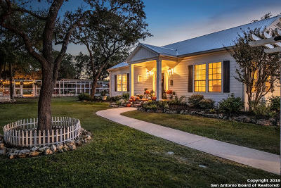 Boerne Single Family Home Active Option: 736 Cypress Bend Dr