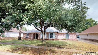 Schertz Single Family Home For Sale: 3421 Wimbledon Dr